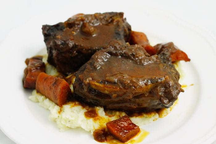 Red Wine-Braised Short Ribs - Smile Sandwich