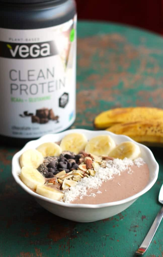 Peanut Butter Chocolate Protein Smoothie Bowl